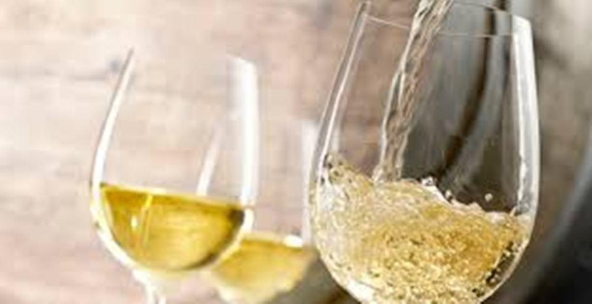 Vino Bianco D'Alcamo Catarratto Sicilia
